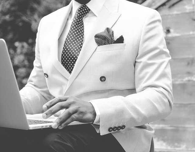 Comment faire Cravate trop longue ?
