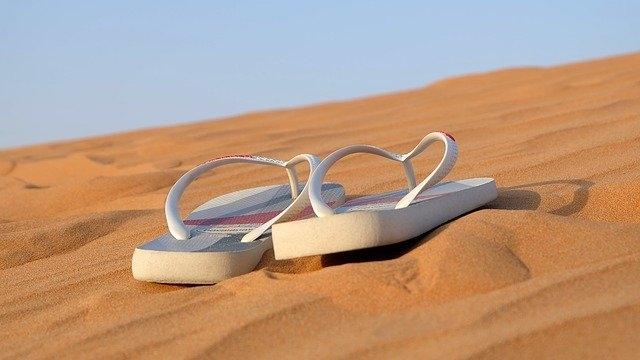 Comment casser des sandales ?
