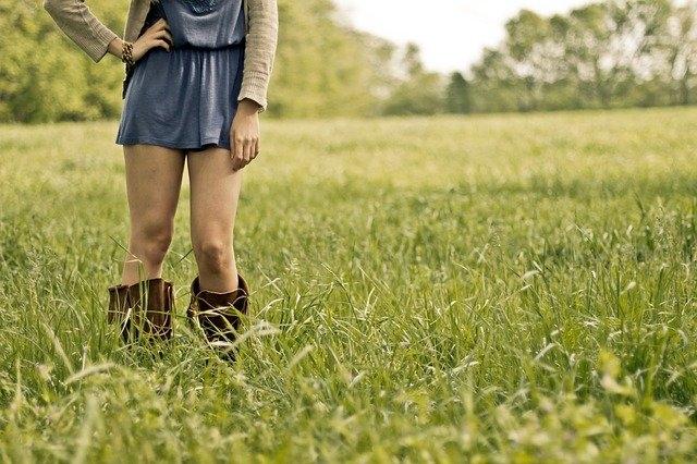 Comment porter la jupe longue plissée ?