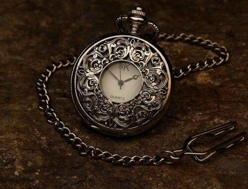 Comment savoir si une montre Omega est vraie ?