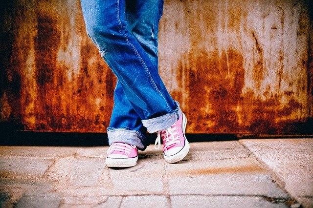 Pourquoi les chaussures Keds Sont-elles appelées les premières sneakers ?